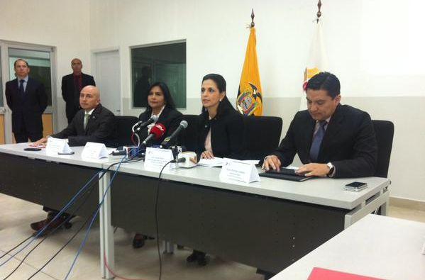 Lorena Bravo Ramírez, dijo que los usuarios deberán cancelar los valores de la matrícula incluido el SPPAT. Foto: ANT