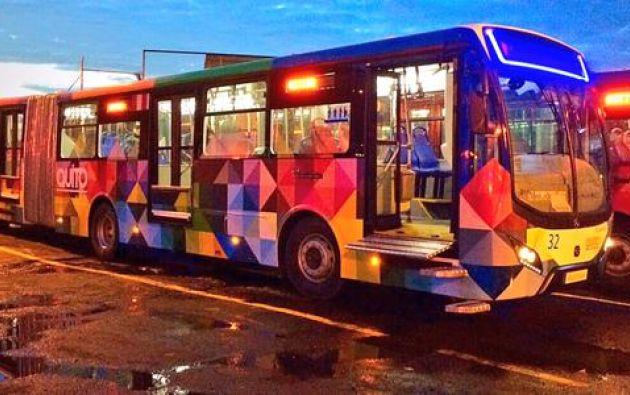 Estos 40 buses fueron comprados con un crédito no reembolsable del Banco del Estado por 15 millones. Fotos: Twitter / Municipio de Quito