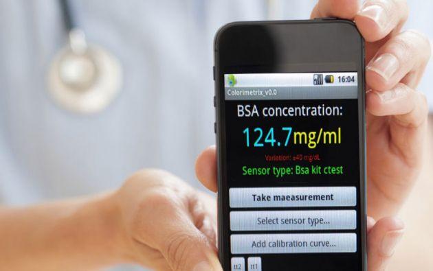 Actualmente existen dispositivos y apps que permiten medir el nivel de azúcar en la sangre, las horas de sueño o el ritmo cardíaco.