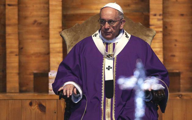 El papa Francisco no dejó pasar el Día de la Mujer. Foto: REUTERS