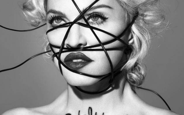 El disco cuenta con colaboraciones de artistas como Nicki Minaj, Mike Tyson y Chance The Rapper.