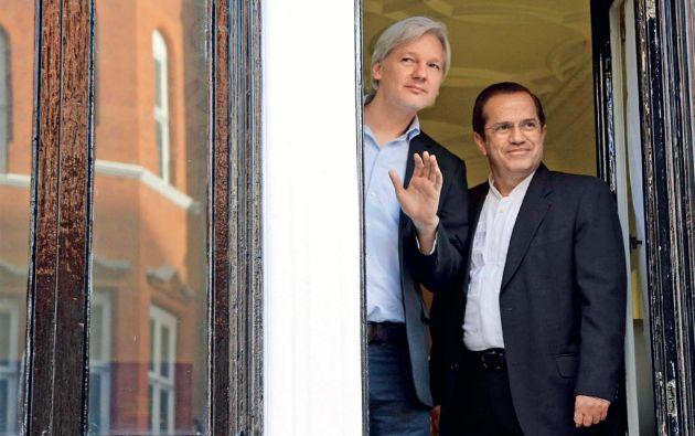 Patiño indicó que el lunes se cumplirán mil días desde que Assange se refugió en la embajada de Ecuador.