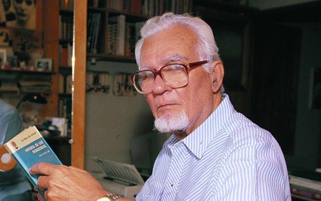 Donoso presidió la Casa de la Cultura Núcleo del Guayas y fue considerado uno de los escritores ecuatorianos más importantes de los últimos tiempos.