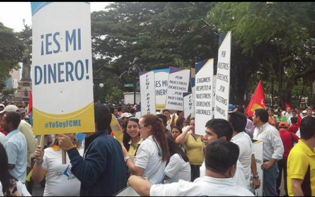 La marcha arranó en el Parque Centenario de Guayaquil. Fotos: Twitter.