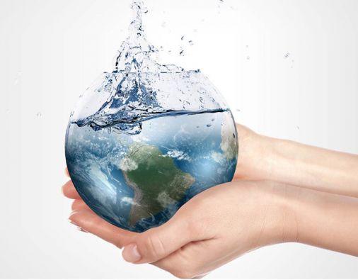"""""""Nunca como ahora nuestro planeta ha estado tan sediento"""", señalan los autores del informe """"Agua para un mundo sostenible""""."""