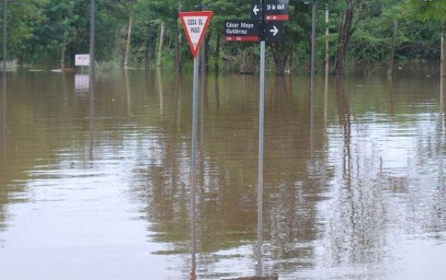 Al menos 150 familias fueron afectadas por la creciente y están siendo atendidas por las autoridades correspondientes.