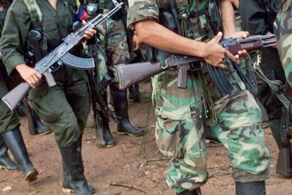 """La semana pasada las FARC reclamaron al presidente Juan Manuel Santos que """"haga algo por salvar"""" la tregua unilateral."""