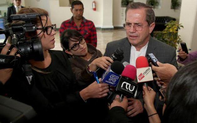 El canciller Ricardo Patiño se pronunció sobre este tema. Foto: Twitter / Cancillería Ecuador.