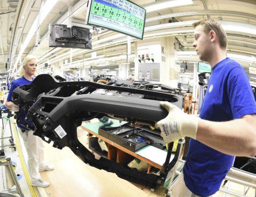 Según el estudio, el vacío de mano de obra en Alemania no se puede cubrir sólo con un aumento de la participación de las mujeres en el mercado laboral ni con un aumento de la edad de jubilación. Foto: REUTERS