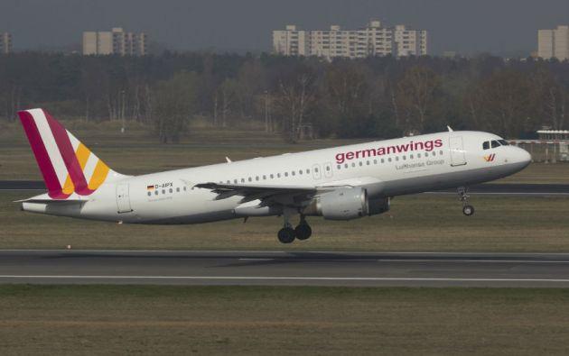 La revelación de que la tragedia de Germanwings pudo ser provocada por un acto deliberado del copiloto causó estupor en la opinión pública. Foto: REUTERS
