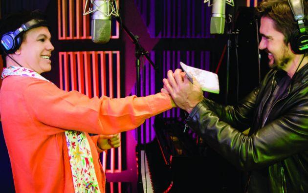 """El colombiano Juanes es uno de las voces invitadas en el disco """"Los Dúo"""" de Juan Gabriel."""