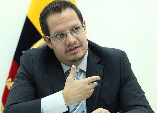 Javier Córdova, ministro de Minería.