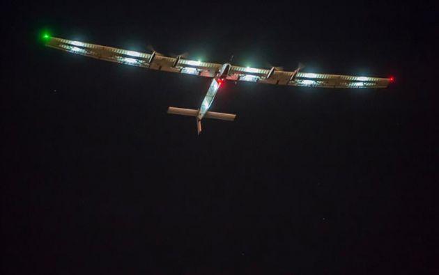 La aeronave pasará por Chongqing y Nankín (este de China), para después cruzar el Océano Pacífico .