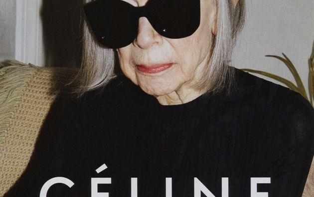 La escritora estadounidense Joan Didion (80 años) es la nueva imagen de la marca de lujo Celine.