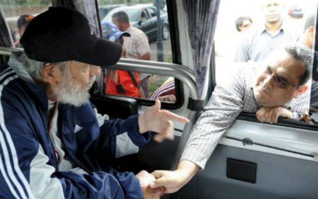 Castro visitó el lunes una escuela de La Habana donde intercambió con miembros de una delegación venezolana. Foto: REUTERS