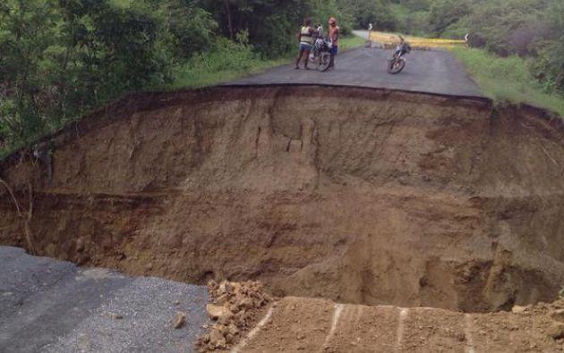 Vía colapsada. Foto: Prefectura del Guayas