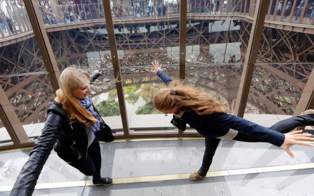 La Torrea Eiffel, que ahora cuenta con un piso cristalizado, es uno de los mayores atractivos de Francia. Foto: REUTERS
