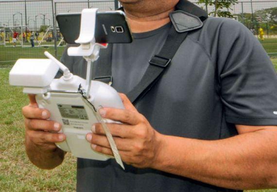 En Chile los drones deberán ser registrados y sus operadores obtener una licencia de vuelo.
