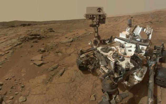 Toma del robot Curiosity en Marte. Foto: Twitter / Cusiosity Rover.