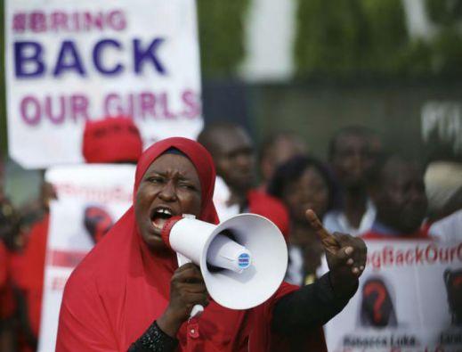 La joven paquistaní visitó Nigeria el pasado julio para exigir más esfuerzos para la liberación de las niñas. Foto: REUTERS