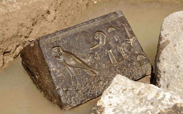 El hallazgo se realizó en la zona en la que se encontraba el templo de Heliopolis, en el actual populoso barrio de Al Matariya. Foto: AFP.