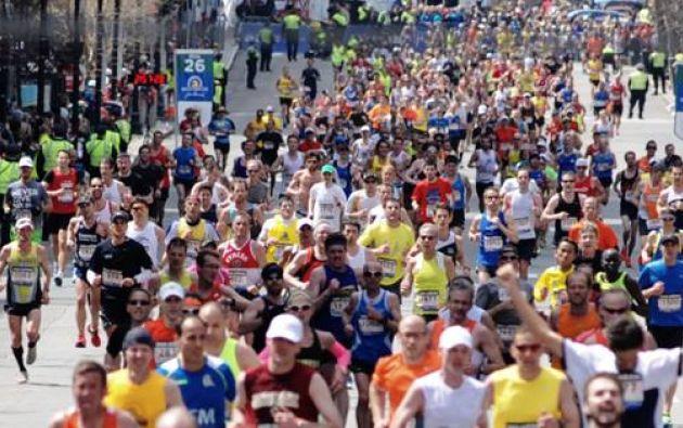 La 119 edición de la maratón de Boston se celebra dos años después del fatídico atentado que acabó con la vida de tres espectadores cuando aún corredores aficionados superaban la línea de meta. Foto: Facebook / The Boston Marathon.