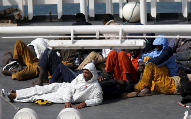 """HRW cree que las muertes del fin de semana """"podrían haberse evitado si la UE hubiera puesto en marcha un operativo genuino de búsqueda"""". Fotos: REUTERS."""