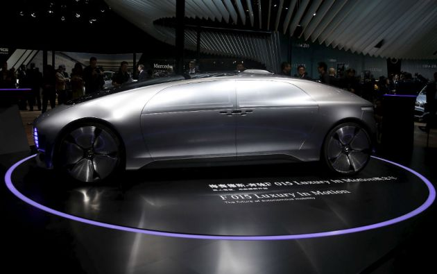 Además de Google, constructores Ford, Mercedes-Benz, Volkswagen y Nissan desarrollan sus propios vehículos autónomos. Foto: REUTERS