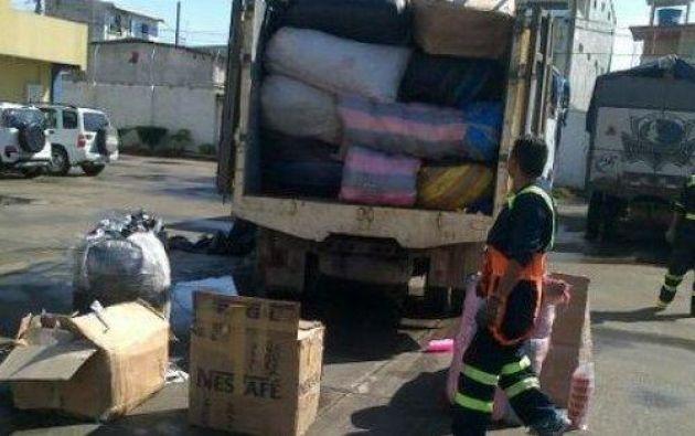 Las Fuerzas Armadas, conjuntamente con la Aduana del Ecuador, incrementaron los operativos de control en la frontera con Colombia para frenar el contrabando de mercadería. Foto: Ecuavisa.