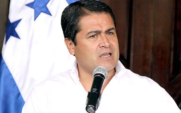 """El presidente de Honduras dijo este martes, que la trama frustrada en su contra no le ha disuadido de seguir trabajando por """"el éxito del país""""."""
