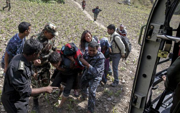 La ayuda comienza a llegar a las zonas más remotas de Nepal, seis días depues del sismo.Foto: REUTERS