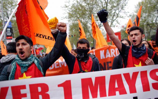 Las marchas en Turquía terminaron en enfrentamientos con la policía. Foto: REUTERS