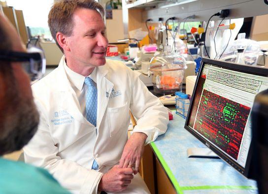 IBM colabora con más de una docena de centros de tratamiento contra el cáncer. Foto: Jared Lazarus/IBM