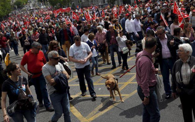 Miles de personas en Madrid, entre ellos cientos de ecuatorianos, protestaron el pasado 1 de Mayo para pedir el fin de la política de recortes. Foto: REUTERS