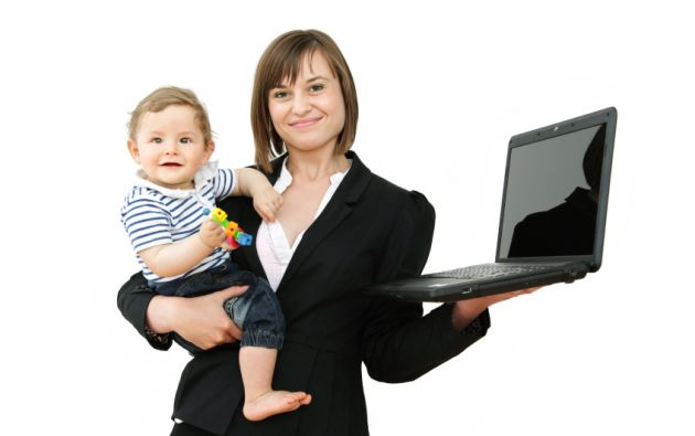 Seis mujeres de cada diez con al menos un máster tienen dos hijos o más, frente a una de cada dos en 1994.
