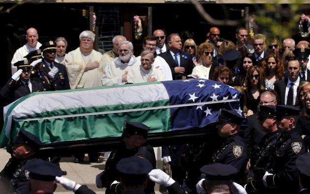 El funeral de Brian Moore, de 25 años, se realizó en la iglesia católica romana de Santiago, en Seaford. Foto: REUTERS.