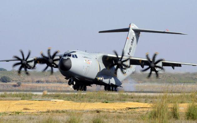 Una foto de archivo muestra cómo era el avión antes de estrellarse. Foto: AFP.