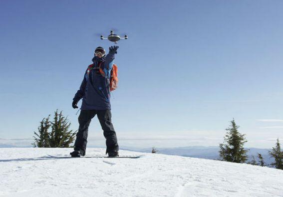 El dron Lily seguirá al usuario sin importar sus movimientos. Foto: lily.camera