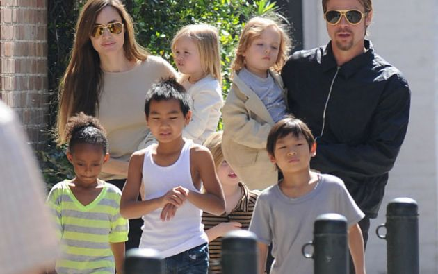 La numerosa familia Pitt-Jolie, una de las más admiradas en Hollywood.