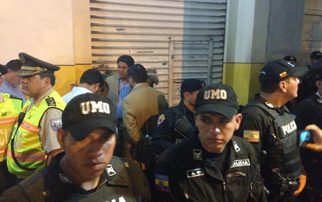 Policías resguardaban la entrada del FCME Guayaquil. Foto: Estefanía Arias
