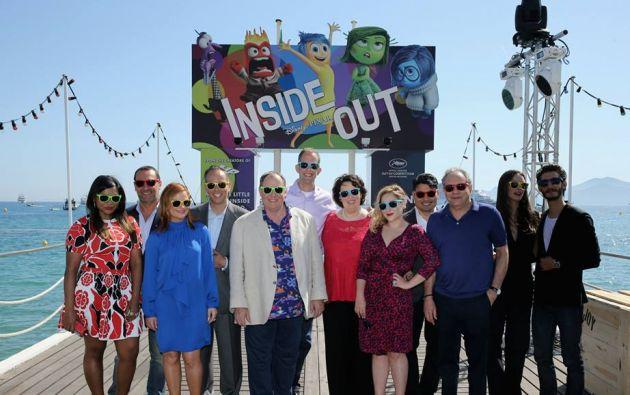 Miembros del elenco y el productor del filme en Cannes. Foto: Facebook / Inside Out.
