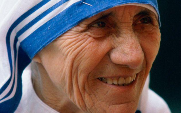 Teresa de Calcuta, fundadora de las Misioneras de la Caridad y premio Nobel de la Paz, fue beatificada el 10 del octubre de 2003.