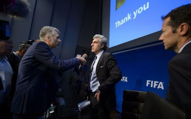 La investigación se extiende al menos a lo largo de dos generaciones de directivos del fútbol, sospechosos de haber abusado de sus posiciones para hacerse con millones de dólares en sobornos. Fotos: AFP