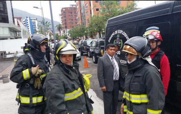 Cuerpo de Bomberos, Quito. Foto: Jorge Imbaquingo/Twitter