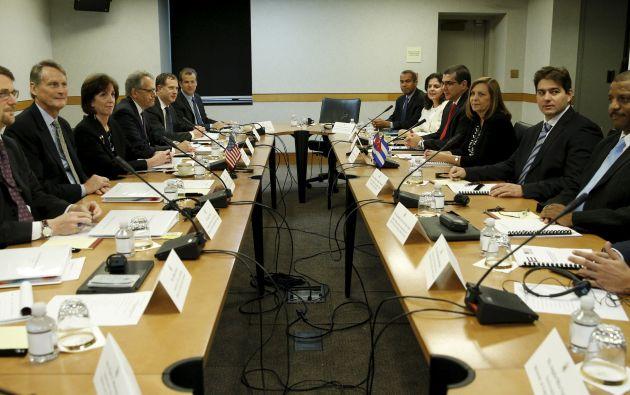 Representantes del gobierno cubano en la mesa de negociaciones, Washington. Foto: Reuters