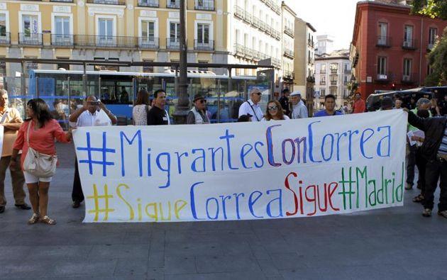La concentración tuvo lugar en la céntrica plaza de Jacinto Benavente. Foto: Ecuavisa.com