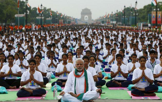 El primer ministro Narendra Modi encabezó la celebración por el Dïa Internacional del Yoga. Foto: REUTERS