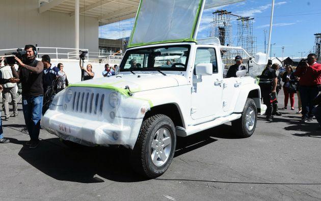 Vehículo en el que se movilizará el papa Francisco en Ecuador.