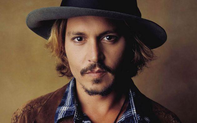 """Johnny Depp es uno de los famosos reconocidos por su """"odio"""" al baño."""