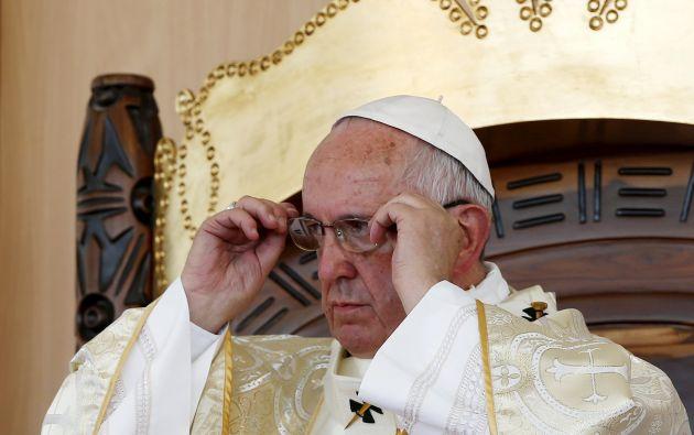 El papa Francisco durante la misa que ofició en el parque Samanes de Guayaquil. Foto: REUTERS.